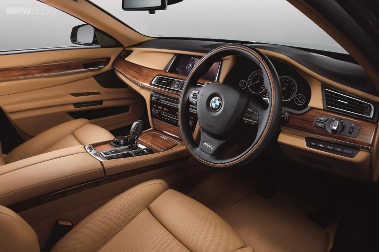 KERETA BMW